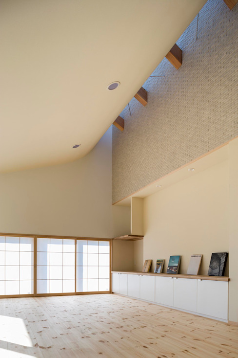 Living room by スズケン一級建築士事務所/Suzuken Architectural Design Office