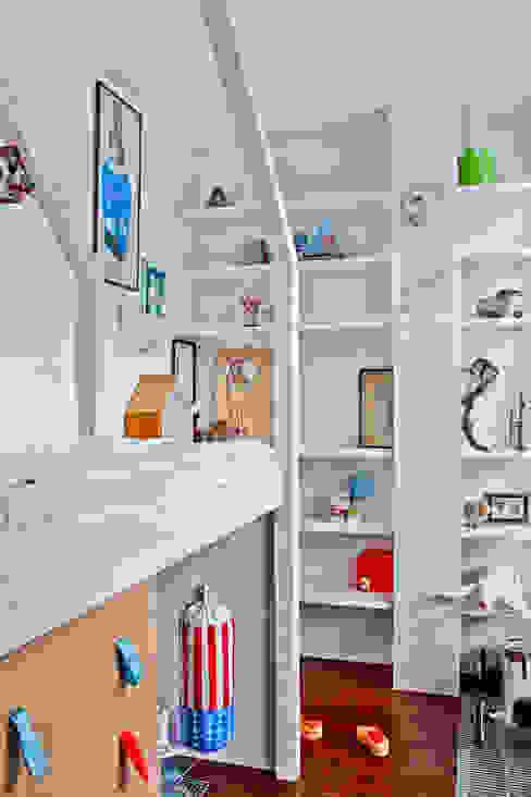 MOMENTINO KIDS ROOM Cuartos infantiles de estilo minimalista de MATITA Minimalista