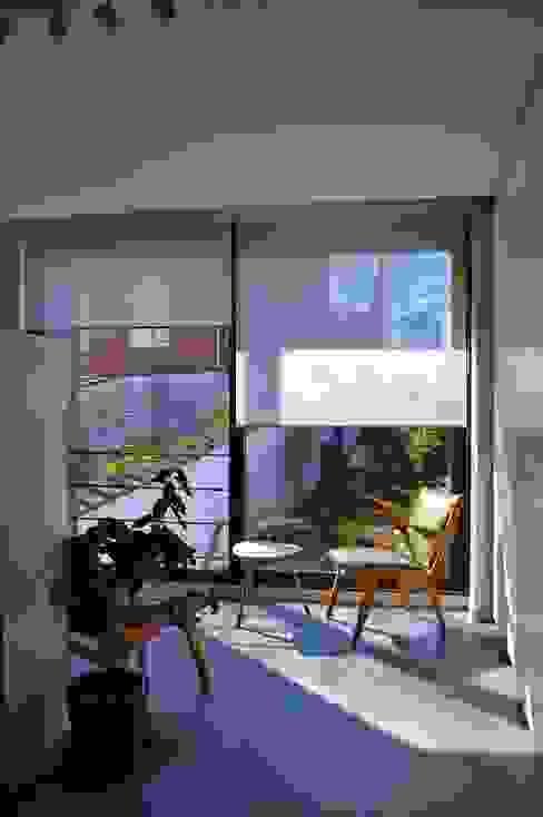 Rénovation maison Bruxelles Bureau moderne par Metaforma Architettura Moderne
