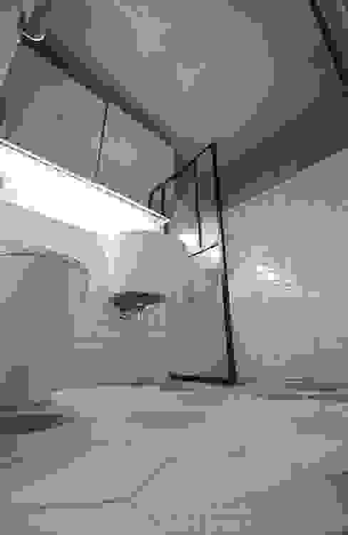 디자인스튜디오 레브 現代浴室設計點子、靈感&圖片