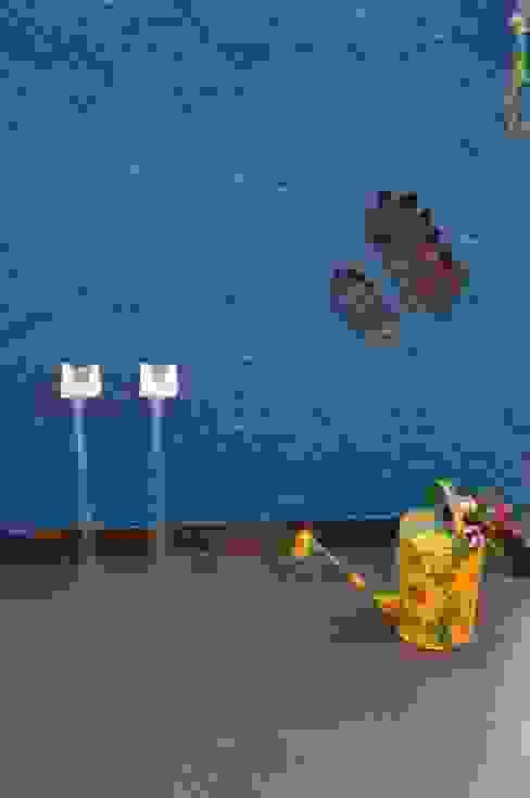 CONTEMPORARY LIVING Modern walls & floors by Archana Shah & Associates Modern