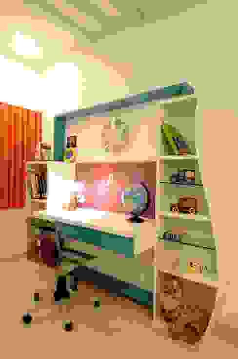 CONTEMPORARY LIVING Modern nursery/kids room by Archana Shah & Associates Modern