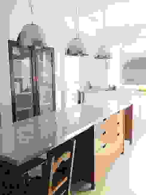 Diseño interior - Martindale Cocinas de estilo moderno de ARQ MARINA LERA Moderno
