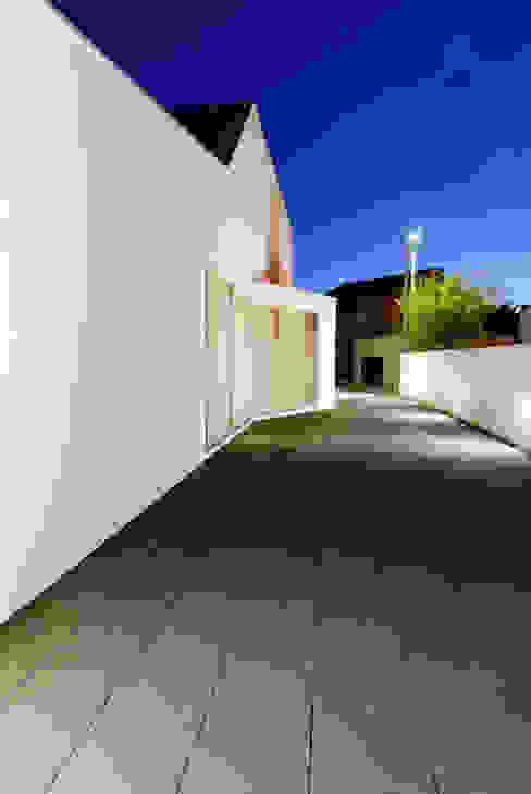 Casa BLS: Casas  por m2.senos,
