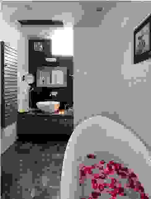 JAIPUR HOUSE Modern bathroom by Spaces Architects@ka Modern