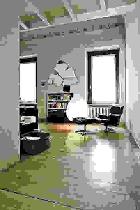 Benedini & Partners Livings de estilo clásico