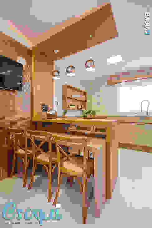 Croqui Arquitetura e Interiores Modern Kitchen MDF Beige
