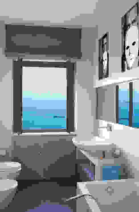 Banheiro  por PDV studio di progettazione