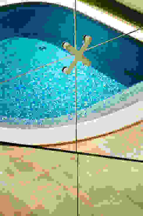 Piscinas de estilo moderno de Renata Matos Arquitetura & Business Moderno