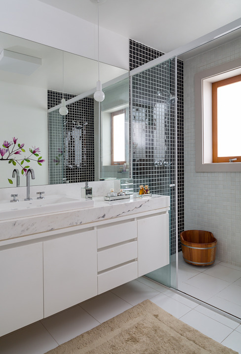 Sampaio Vidal Banheiros modernos por Eliane Mesquita Arquitetura Moderno