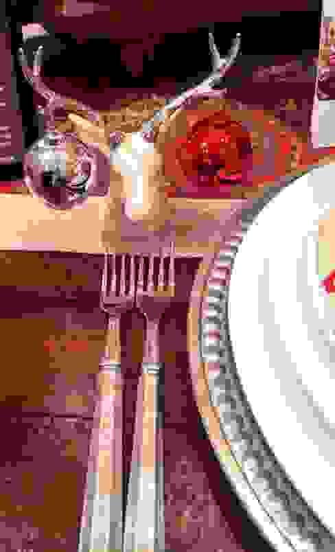 Household by XMAS (Christmas)