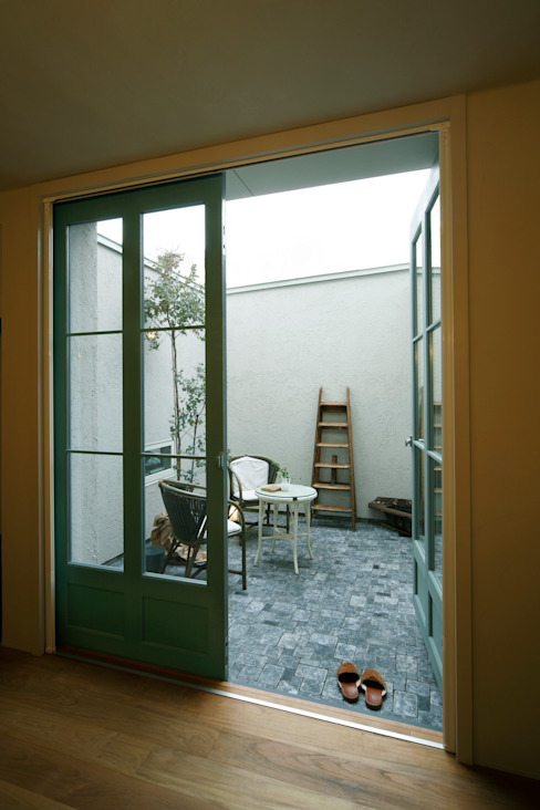 House in Minami Kounoike Mimasis Design/ミメイシス デザイン カントリーな 庭