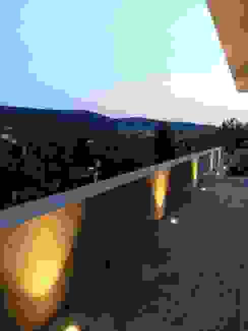 Terrasse Moderner Balkon, Veranda & Terrasse von Diemer Architekten Part. mbB Modern Kalkstein