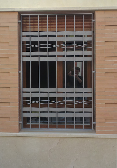 Windows by Alberto Millán Arquitecto