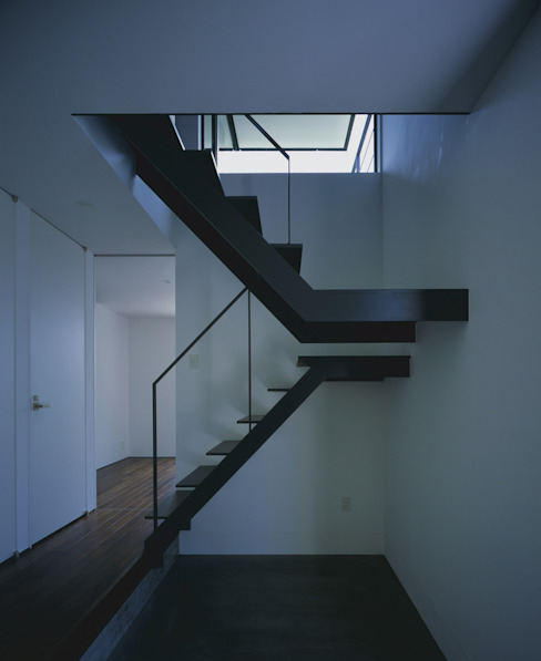枚方の家 株式会社CAPD モダンスタイルの 玄関&廊下&階段