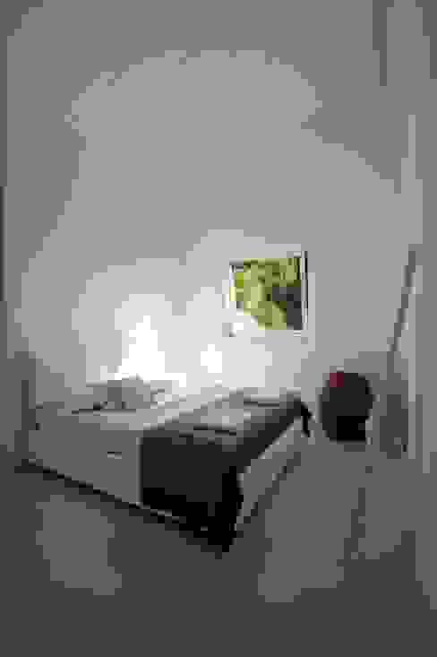 Kamar Tidur Modern Oleh Progettolegno srl Modern
