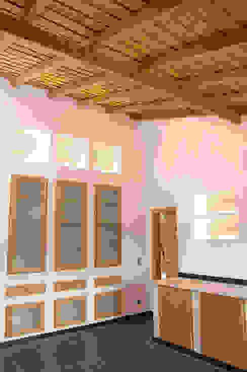 Nhà bếp phong cách mộc mạc bởi BL Design Arquitectura e Interiores Mộc mạc