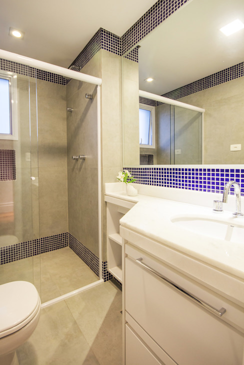 Enzo Sobocinski Arquitetura & Interiores Modern style bathrooms Ceramic Blue