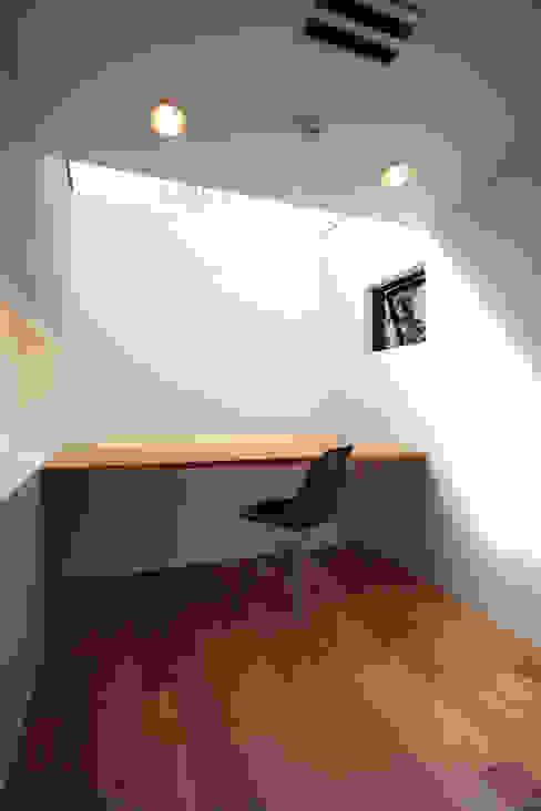3Dan Box 株式会社CAPD オリジナルデザインの 書斎