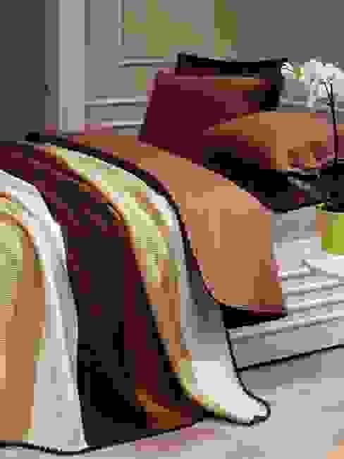 modern  by sandık ev tekstili ve aksesuarları, Modern
