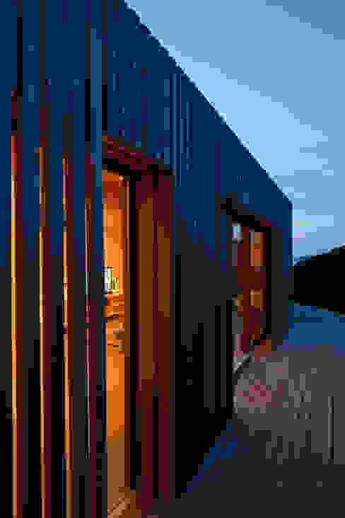Holidayspace Casas de estilo moderno de ecospace españa Moderno Madera Acabado en madera
