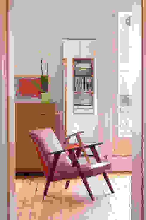 Livings de estilo escandinavo de BKBS Escandinavo