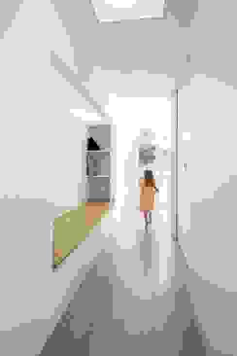 斯堪的納維亞風格的走廊,走廊和樓梯 根據 BKBS 北歐風