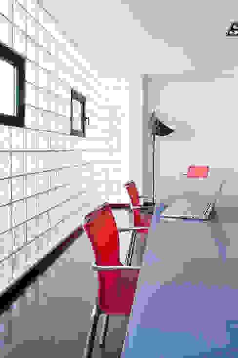 Villa C1 Bureau moderne par frederique Legon Pyra architecte Moderne