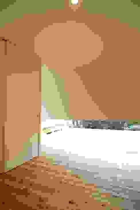 廊下 モダンスタイルの 玄関&廊下&階段 の Mimasis Design/ミメイシス デザイン モダン