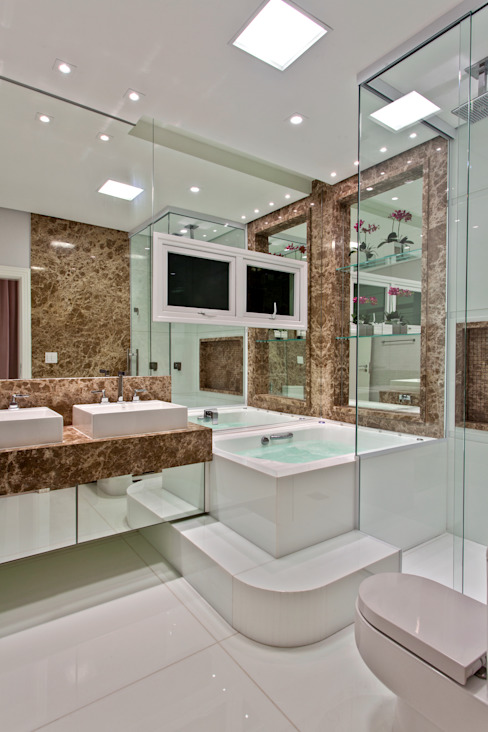 Arquiteto Aquiles Nícolas Kílaris Modern bathroom Marble