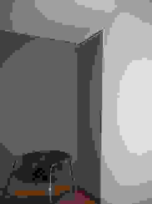 Camera da letto in stile classico di maite maceiras Classico