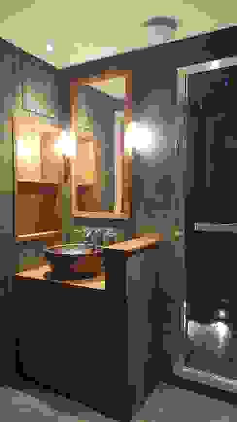 Copper sink and steam shower Baños de estilo industrial de Design Republic Limited Industrial