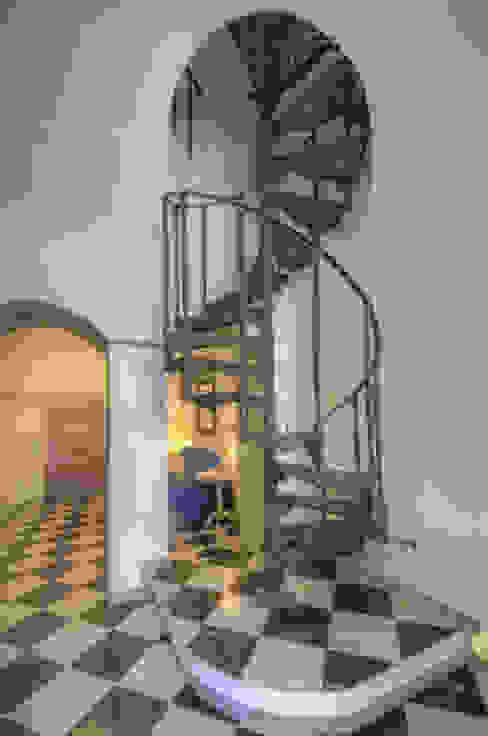 Emilio Rescigno - Fotografia Immobiliare Koridor & Tangga Modern
