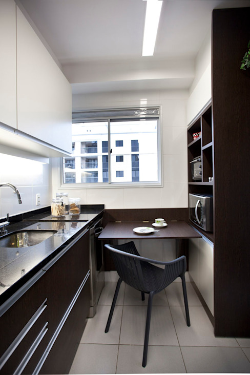 Modern Kitchen by Samy & Ricky Arquitetura Modern