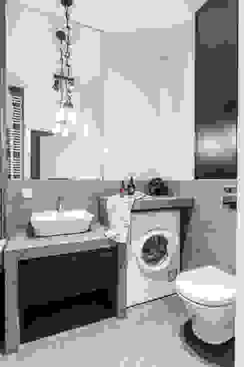 모던스타일 욕실 by Pracownia Architektury Wnętrz Decoroom 모던