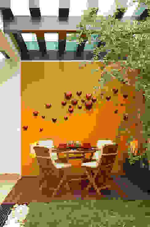 deck Balcones y terrazas modernos de arketipo-taller de arquitectura Moderno