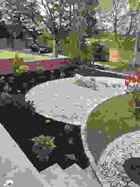 Jardines de estilo  por Anne Macfie Garden Design,