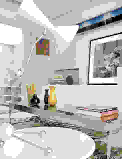 에클레틱 거실 by Estudio de Arquitectura Teresa Sapey 에클레틱 (Eclectic)