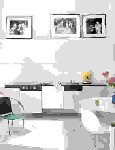 Modern familiar duplex Cocinas de estilo ecléctico de Estudio de Arquitectura Teresa Sapey Ecléctico