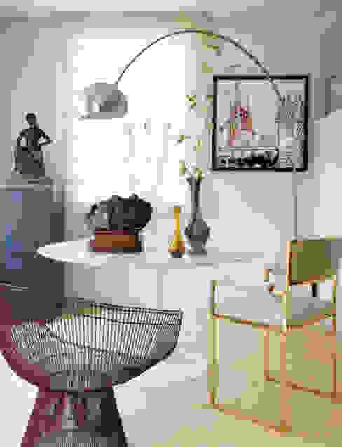 Modern familiar duplex Comedores de estilo ecléctico de Estudio de Arquitectura Teresa Sapey Ecléctico