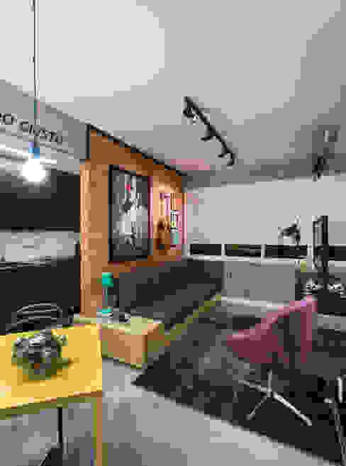 GC HOUSE: Salas de estar  por Arquitetando ideias