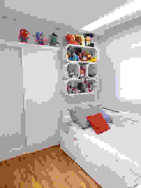 Habitaciones para niños de estilo moderno de Paula Carvalho Arquitetura Moderno
