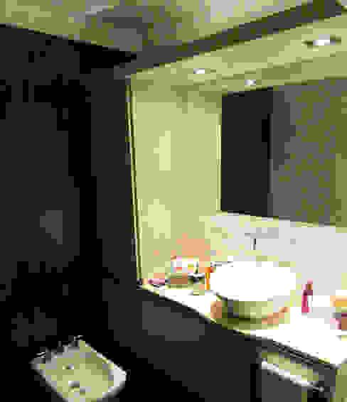 Modern bathroom by G7 Grupo Creativo Modern
