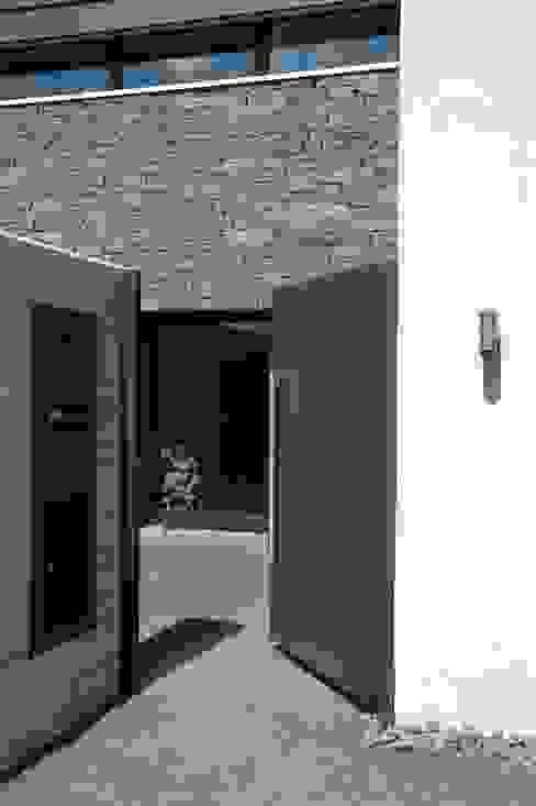 Modern houses by Noesser Padberg Architekten GmbH Modern
