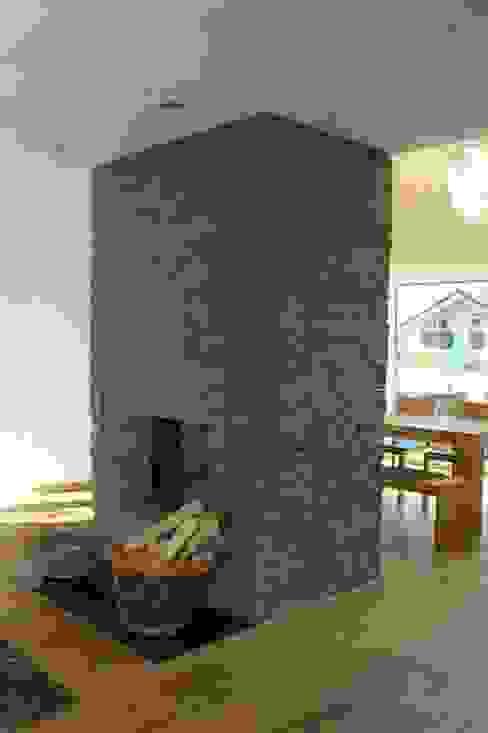 Modern living room by Noesser Padberg Architekten GmbH Modern