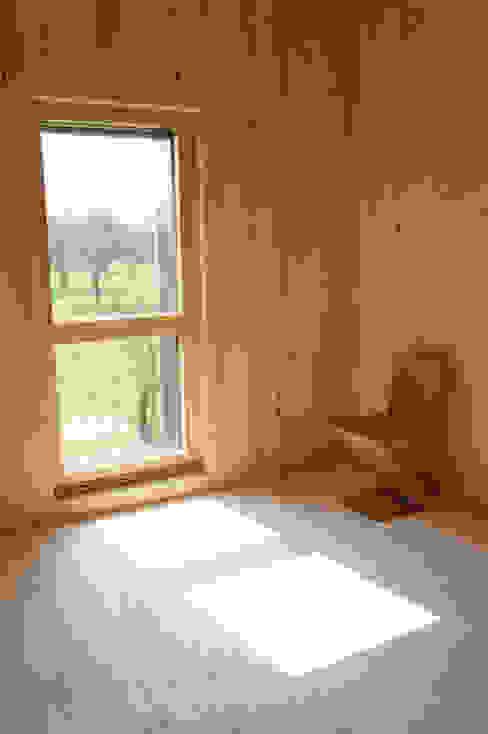 Окна и двери в стиле модерн от GF ARCHITECTURE Модерн