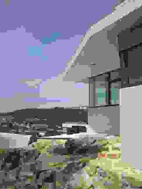 Alzado este Casas de estilo moderno de MIGUEL VARELA DE UGARTE, ARQUITECTO Moderno