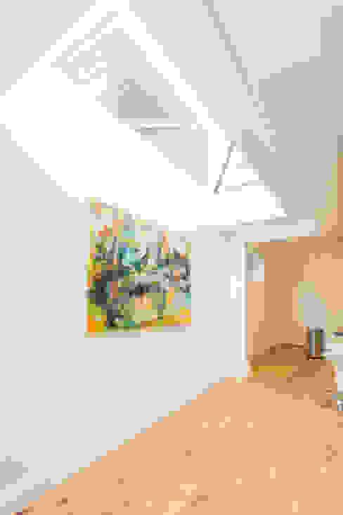 Extension in Weybridge, KT13 TOTUS Moderne keukens