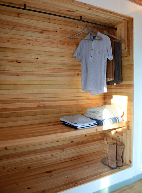 Closets de estilo  por POLIGONO, Rústico