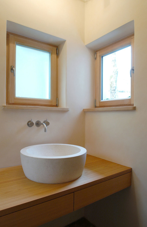 Landelijke badkamers van em Architekten GmbH Landelijk